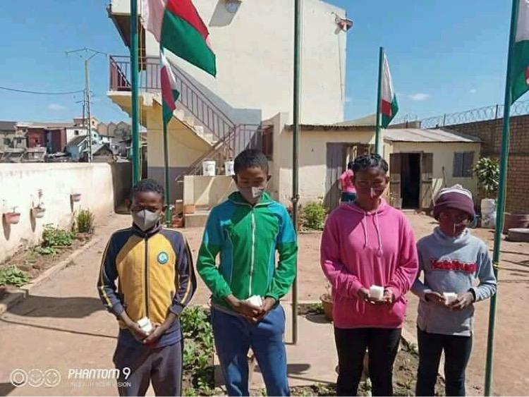 Enfants malgaches Zazany Madagascar