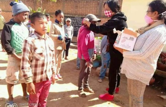 Coronavirus : Distribution de masques et de savons Madagascar